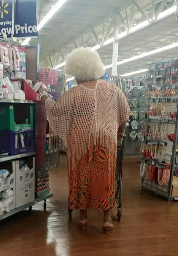 18 Crazy Weird People of Walmart
